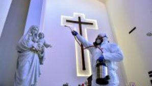 Kiliseler İbadete Devam Edecek