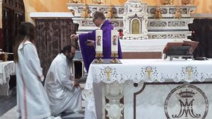 Catholics of Iskenderun started the Lenten period with Ash Wednesday