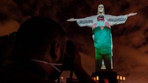 Kurtarıcı İsa Heykeli, Sağlık Çalışanları İçin Işıklandırıldı