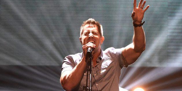 Hristiyan Şarkıcının Hayatı, İman Edenlerin Sayısını Arttırıyor