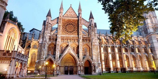 Westminster Abbey, Hafta Sonu Ziyaretçilere Kapılarını Açıyor