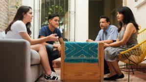 Bilim Kurulu Üyesi: Aile İçinde de Sosyal Mesafeye Dikkat Etmemiz Lazım