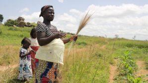 Nijeryalı Kadın, Kocasının Öldürülmesinin Ardından Tanrı'ya Güveniyor