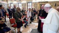 Papa Françesko, Otizmli Çocuklarla Bir Araya Geldi