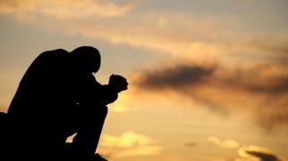"""Kendisini Bıçaklayanı Affetti: """"Mesih Beni Çok Daha Fazlası İçin Affetti"""""""