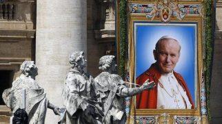 Papa II. John Paul'ün Eşyaları Çalındı