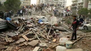 İzmir'deki 6.8'lik deprem: 25 can kaybı, 804 yaralı