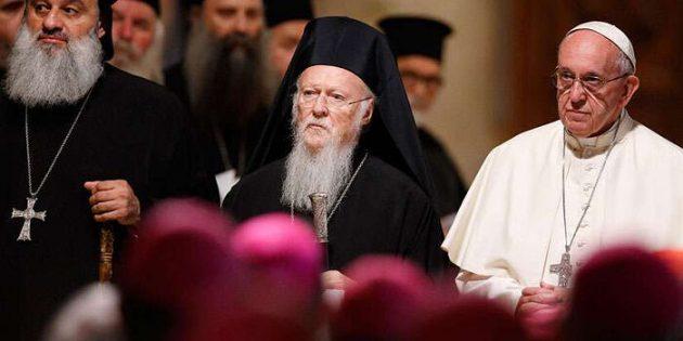 Kardeşlik ve Barış Toplantısında Dini Liderler Bir Araya Geldi
