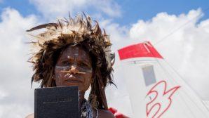 Müjdecileri Öldüren Kabileye 2500 Kutsal Kitap Gönderildi