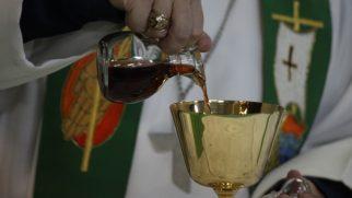 İranlı Hristiyana, Komünyon Aldığı Gerekçesiyle Kırbaç Cezası