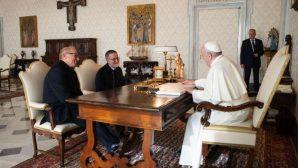 Papa Françesko, İki Yıllık Esaretin Ardından Serbest Kalan Rahiple Görüştü