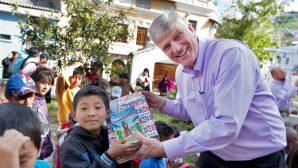 Çocuklar, Ayakkabı Kutusu Aracılığıyla  Müjde'yi Duydu