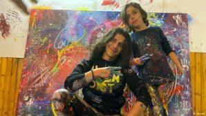 8 Yaşındaki Ressam Mikail Akar ile Yunan Ressamdan  Depremzedeler İçin Tablo