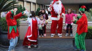 Beyrut, Yıkıcı Bir Yılın Ardından Noel Neşesi Arıyor