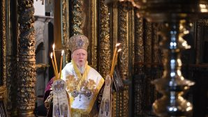 İstanbul Rum Ortodoks Patrikhanesi'nde Noel Ayini